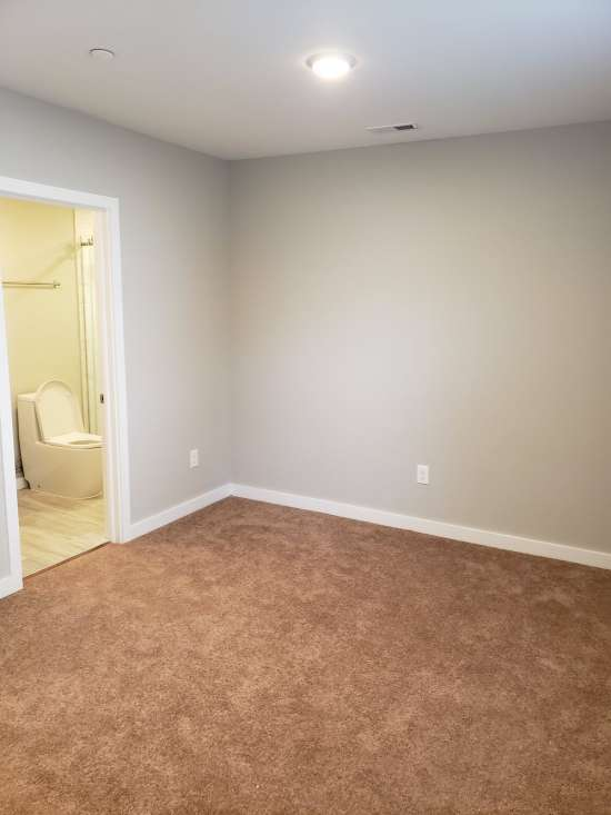 Temple-Apartment-Building-607040.jpg
