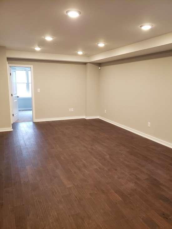 Temple-Apartment-Building-607041.jpg