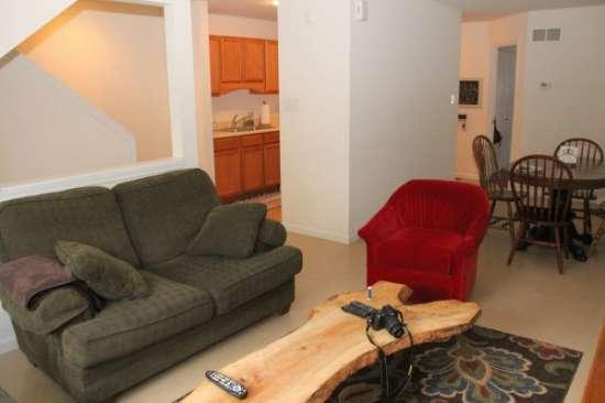 University-of-Delaware-Apartment-Building-606751.jpg