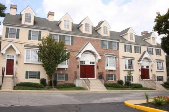 University-of-Delaware-Apartment-Building-606754.jpg