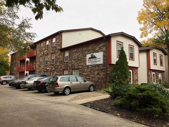 Purdue-Apartment-Building-615446.jpeg