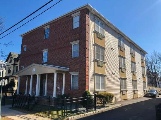 Rutgers-University-Apartment-Building-623575.jpg