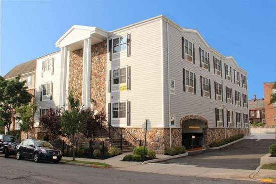 Rutgers-University-Apartment-Building-623826.jpg