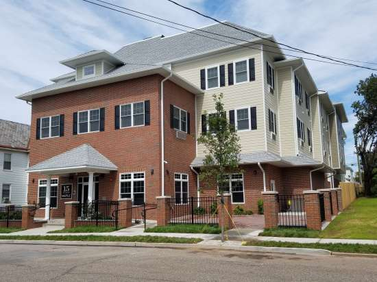 Rutgers-University-Apartment-Building-623833.jpg