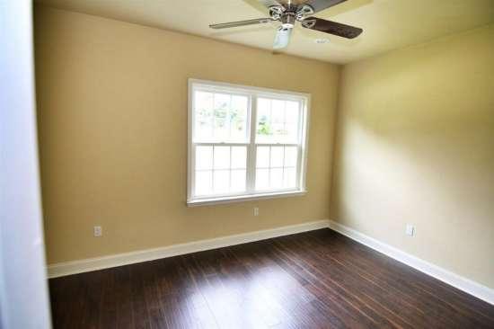 Florida-State-University-Apartment-Building-632620.jpg