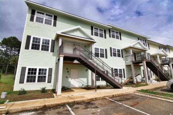 Florida-State-University-Apartment-Building-632621.jpg
