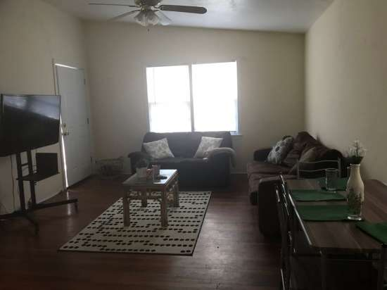 Florida-State-University-Apartment-Building-632651.jpg