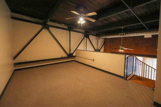 Purdue-Apartment-Building-629787.jpg