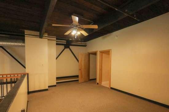 Purdue-Apartment-Building-629788.jpg