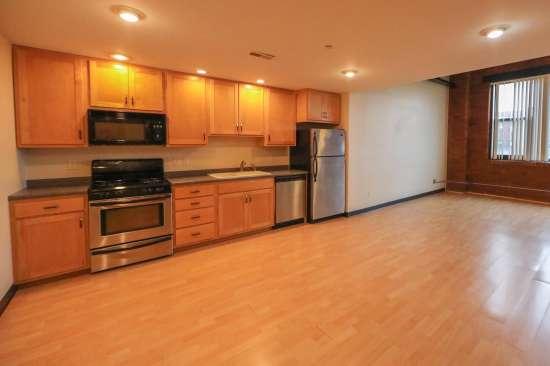 Purdue-Apartment-Building-629789.jpg