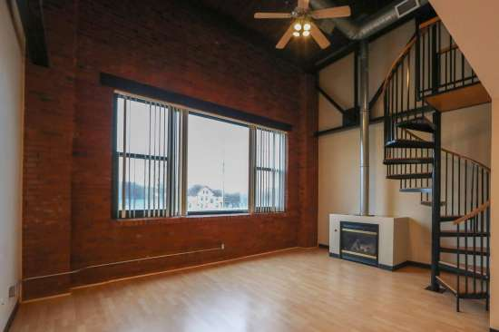 Purdue-Apartment-Building-629791.jpg
