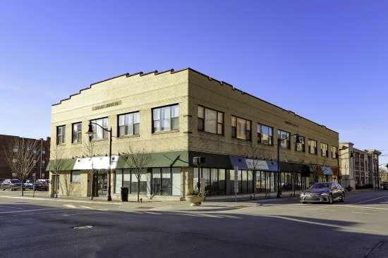 Purdue-Apartment-Building-629796.jpg
