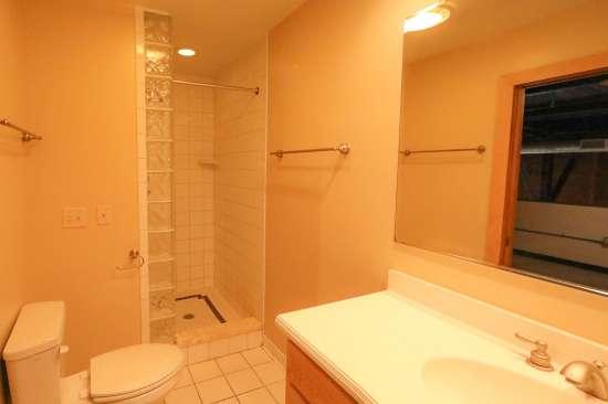 Purdue-Apartment-Building-629797.jpg