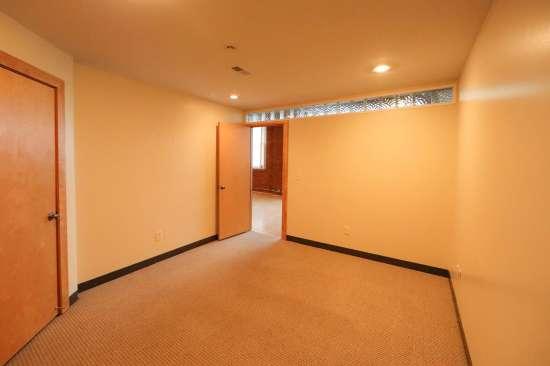 Purdue-Apartment-Building-629798.jpg