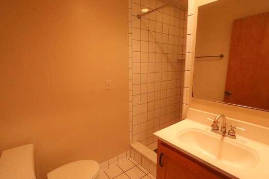 Purdue-Apartment-Building-629799.jpg