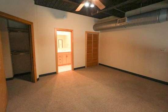 Purdue-Apartment-Building-629800.jpg