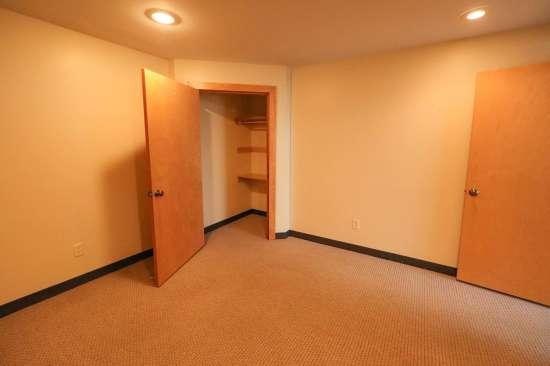 Purdue-Apartment-Building-629801.jpg