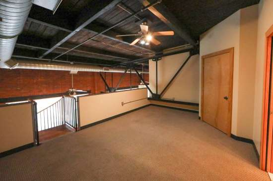 Purdue-Apartment-Building-629802.jpg