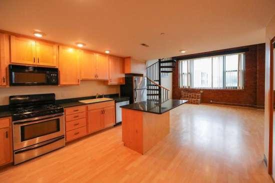 Purdue-Apartment-Building-629804.jpg