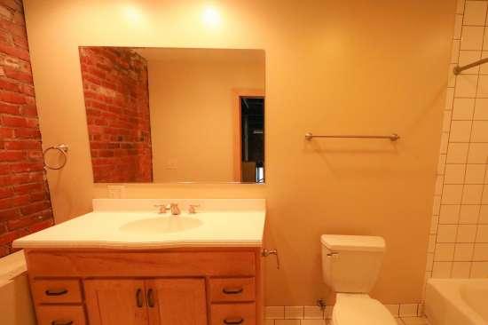 Purdue-Apartment-Building-629805.jpg