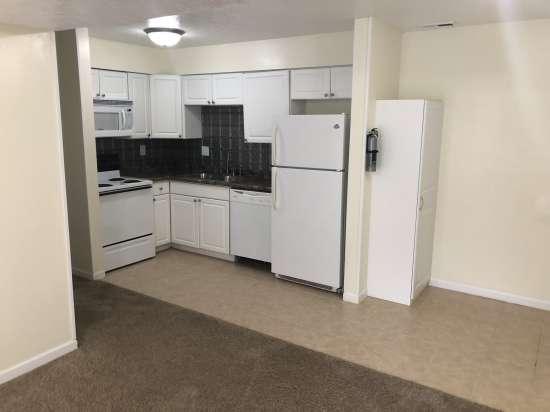 Purdue-Apartment-Building-634863.JPG