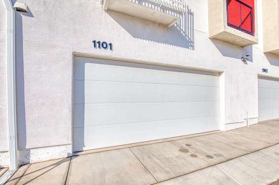 University-of-Arizona-Apartment-Building-625682.jpg