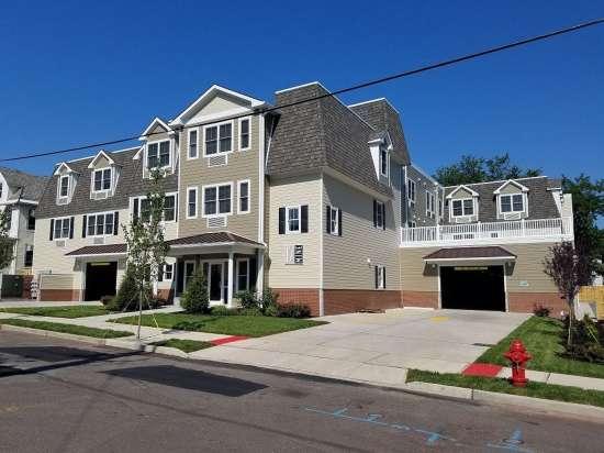 Rutgers-University-Apartment-Building-649440.jpg
