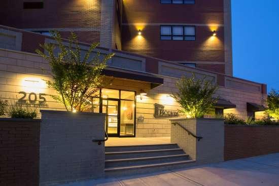 Rutgers-University-Apartment-Building-651683.jpg