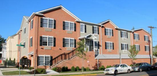 Rutgers-University-Apartment-Building-651702.png