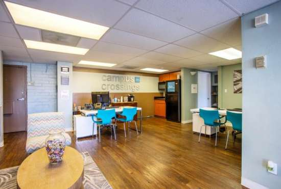 University-of-Arizona-Apartment-Building-647467.jpeg