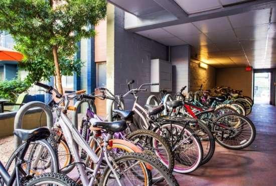 University-of-Arizona-Apartment-Building-647468.jpeg