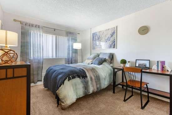 University-of-Arizona-Apartment-Building-647477.jpeg