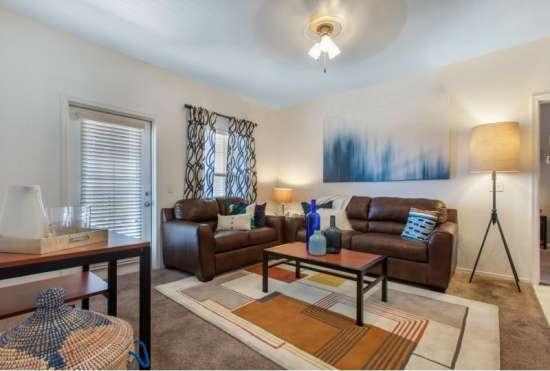 University-of-Arizona-Apartment-Building-647519.jpeg