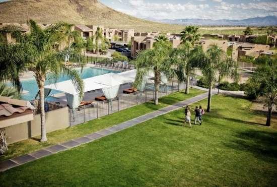 University-of-Arizona-Apartment-Building-647525.jpeg