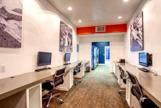 University-of-Arizona-Apartment-Building-647532.jpeg