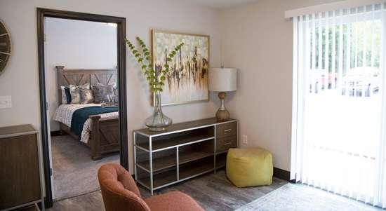 WVU-Apartment-Building-649986.jpg