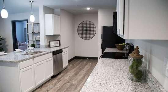 WVU-Apartment-Building-649989.jpg