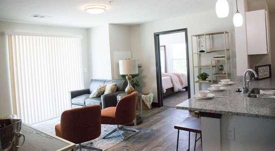 WVU-Apartment-Building-649990.jpg