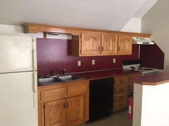 Missouri-State-University-Apartment-Building-653425.jpg