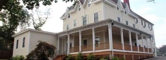 Rutgers-University-Apartment-Building-657919.jpg