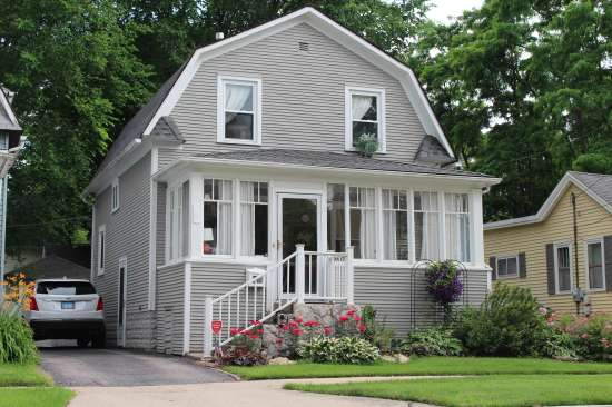 Wheaton-College-House-658982.jpg