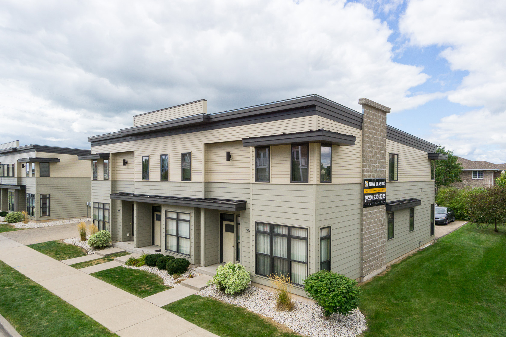 College sublease, college student housing near uw-oshkosh , uw-oshkosh off campus lofts