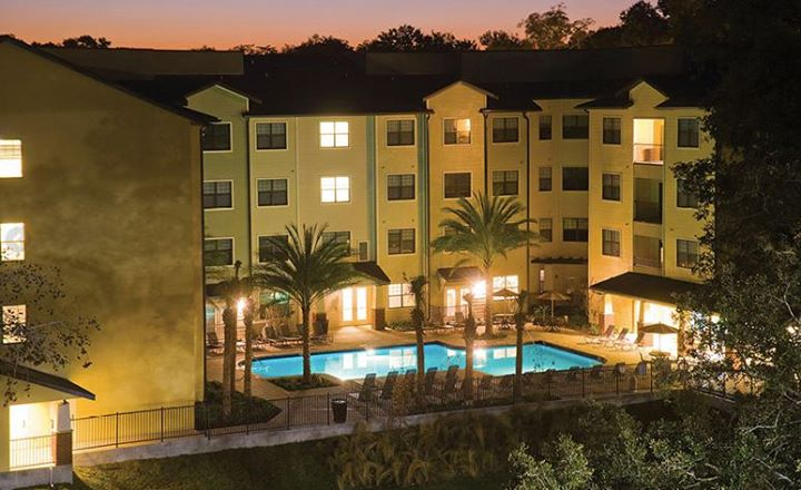 College sublease, college student housing near university-of-florida , university-of-florida off campus lofts