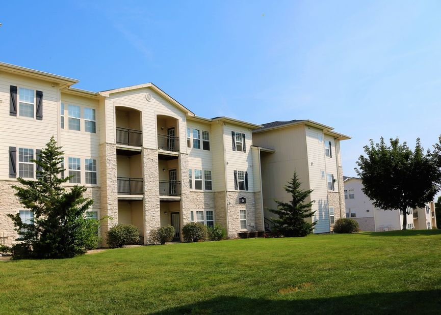 college student housing near kansas-state-university