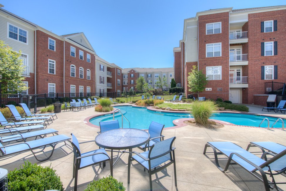 College sublease, college student housing near ohio-university , ohio-university off campus lofts