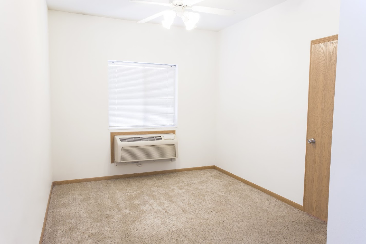 College sublease, college student housing near iowa-state-university , iowa-state-university off campus lofts