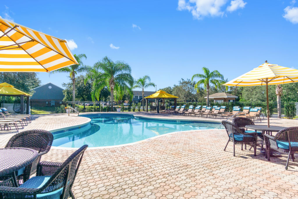 College sublease, college student housing near ucf , ucf off campus lofts