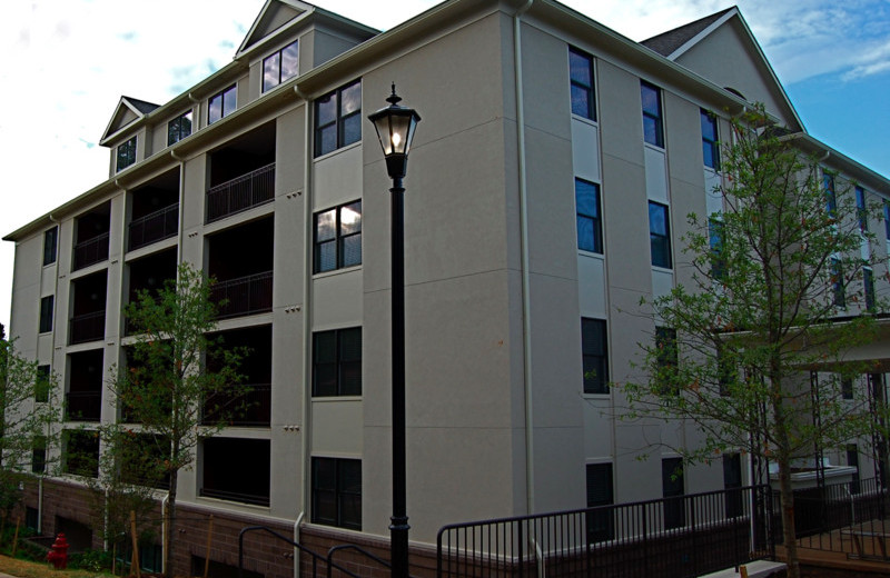 College sublease, college student housing near university-of-virginia , university-of-virginia off campus lofts