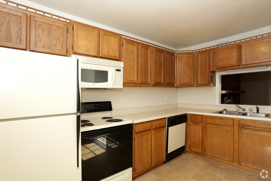 College sublease, college student housing near virginia-tech , virginia-tech off campus lofts