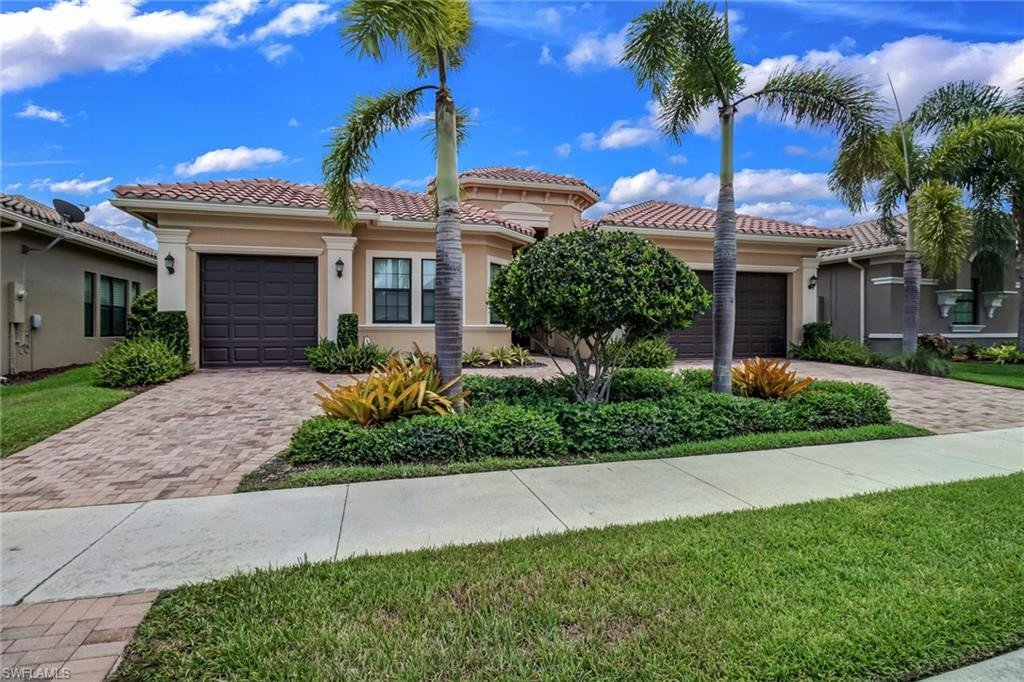 Riverstone Real Estate   3966 Bering Court, Naples, FL ...